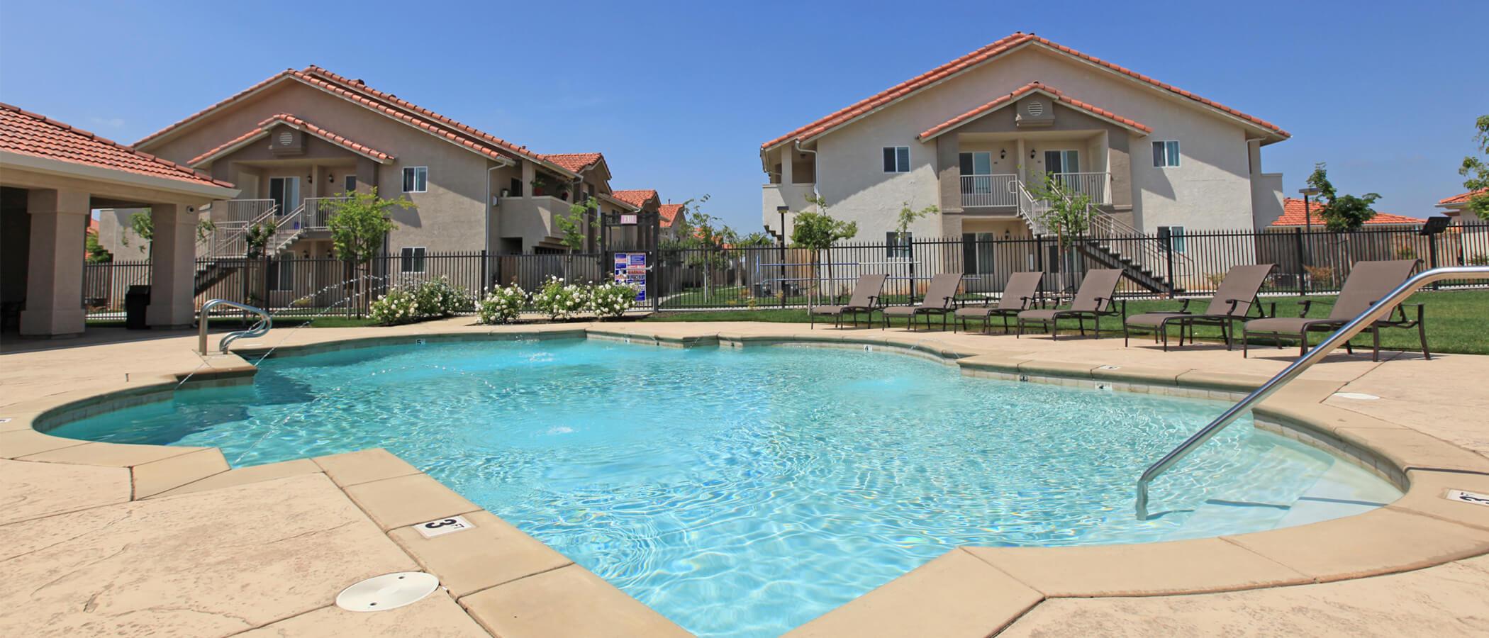Chestnut Court Apartment Homes In Fresno Ca